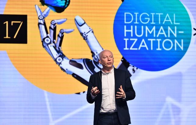 Digital Age Summit ufuk açan oturumlarla başladı