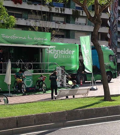 diseno comunicacion para eventos comerciales - Road Show - Experience Efficiency Schneider Electric