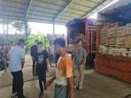 Bantuan Polda Sumut diangkut truck container menuju Sulbar