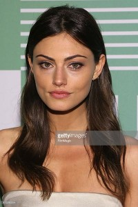 "Phoebe Tonkin de ""The Vampire Diaries"""