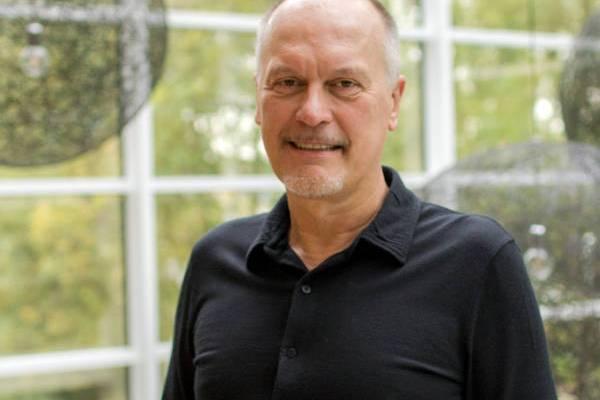Dirk Debraekeleer | MEDIAGENIX
