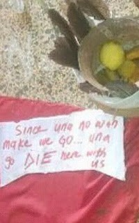 Must Read: UNN Students Drop Charms In Front Of Lecturer's Office (Photo)