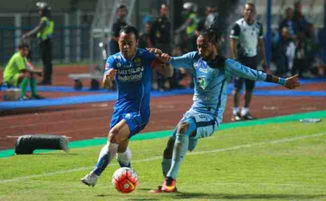 Persela Lamongan Vs Persib Bandung Skor 0 2 Mediajabar