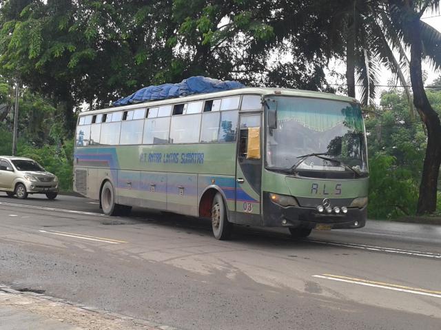 bus als naikkan penumpang
