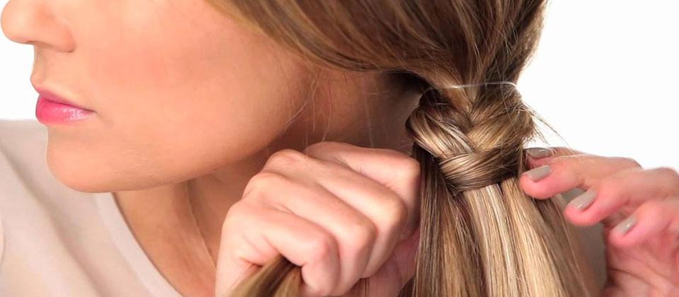mengepang rambut