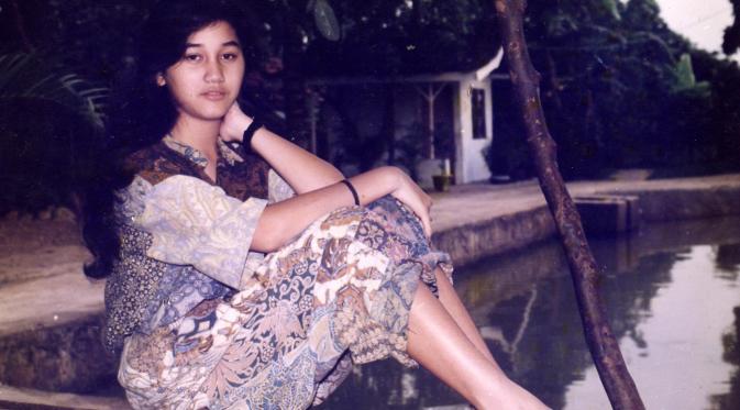 Tembang Kenangan: 50 Penyanyi Lagu Jadul dan Musisi Legendaris Indonesia