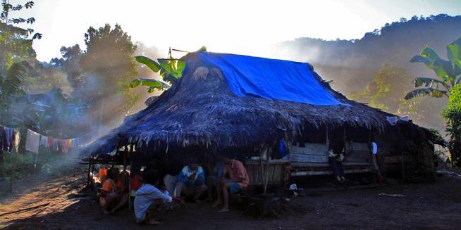 rumah suku terasing polahi