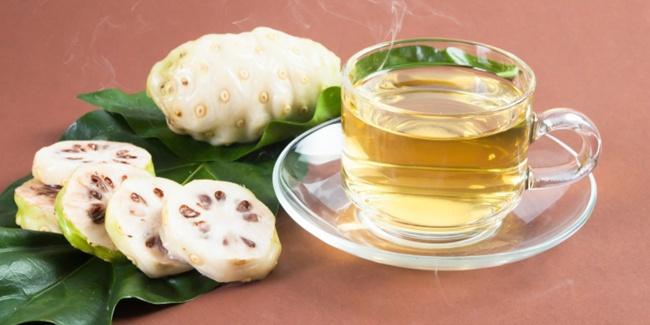 manfaat buah mengkudu untuk wanita