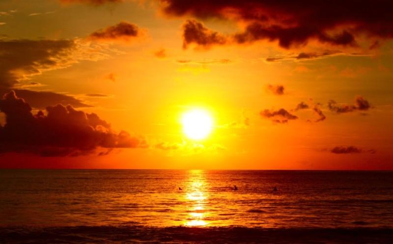 Senja Di Laut