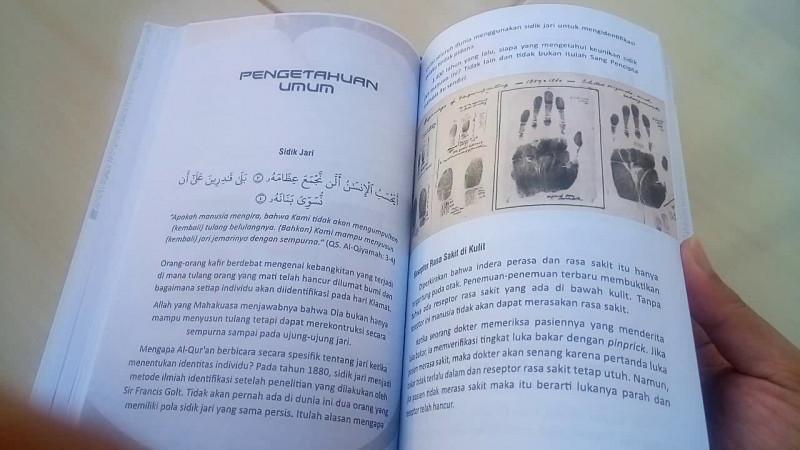 buku Zakir Naik