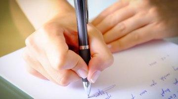 Contoh Surat Pernyataan Lengkap untuk Berbagai Keperluan [UPDATE]
