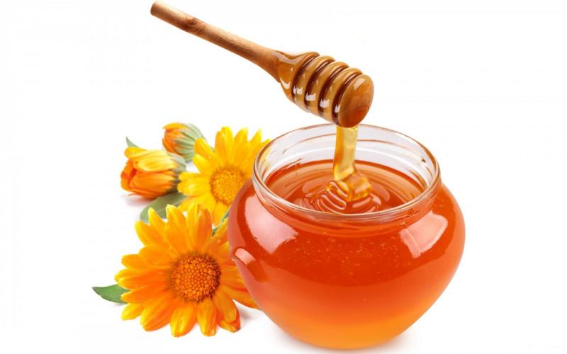 memutihkan wajah dengan madu