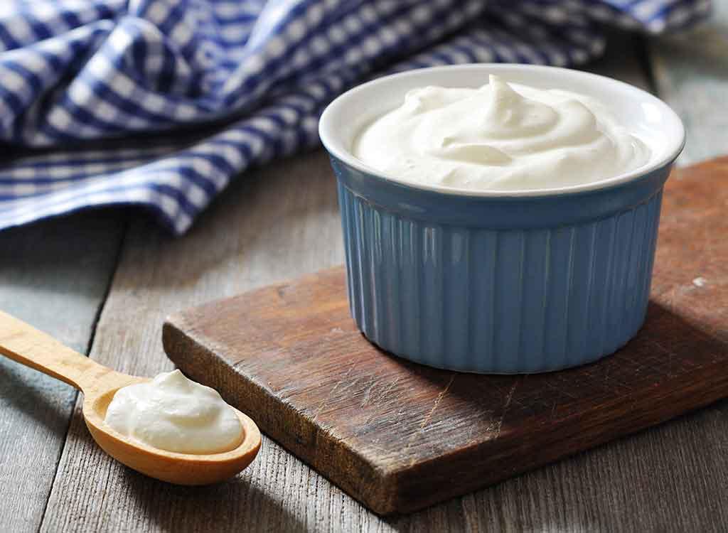 memutihkan wajah dengan yogurt