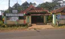 Permalink ke Di Duga Proyek Desa Siwatu Tak Ayal Ajang Sapi Perah Kepala Desa