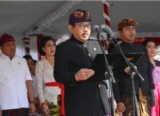 Wakil Gubernur Bali Tjokorda Oka Artha Ardhana Sukawati (Cok Ace) menjadi Inspektur Upacara dalam peringatan HUT Ke 248 Kota Gianyar di Lapangan Astina, Giayar