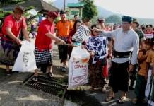 Pemerintah Kabupaten Tabanan dalam Gerakan Semesta Berencana Bali Resik luncurkan program Tabanan Anti Sampah Plastik (TAKTIK) di DTW Jatiluwih Penebel, Tabanan