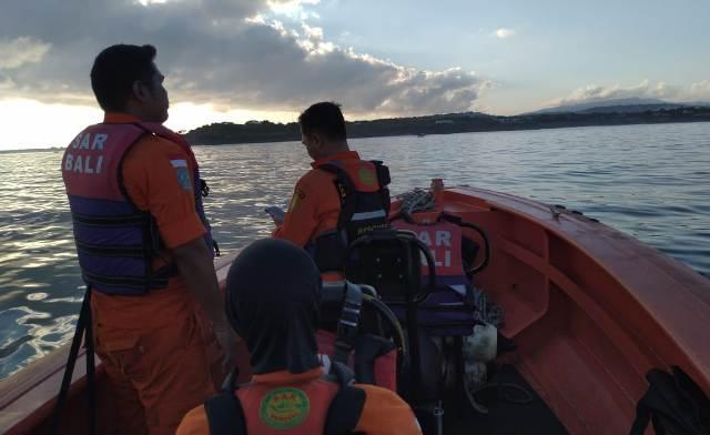 Basarnas Bali melakukan pencarian terhadap WNA Amerika Serikat yang hilang di perairan Nusa Penida