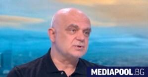 """Д-р Атанасов: В """"Пирогов"""" няма пациенти-фантоми.  99% от 900-те """"подозрителни"""", с които съм се консултирал лично"""