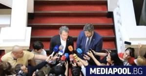 Как немските наблюдатели коментират събитията в България