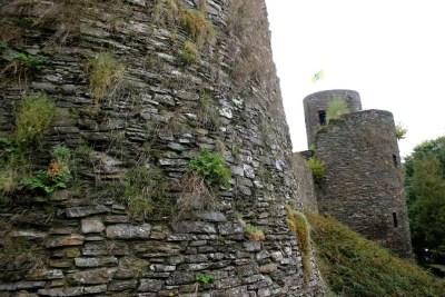 Burg-Reuland_tours