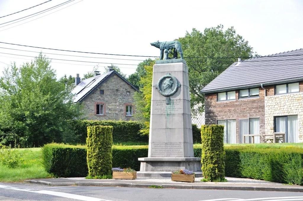 Le monument Nocolas Pietkin à Sourbrodt