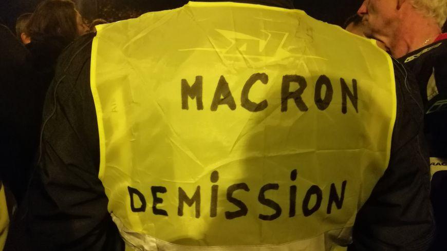 Avignon Gilets Jaunes Gazes Medias Presse Info