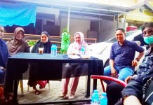 Ketua LPM Manggala Bersama Ketua Komisi A DPRD Makassar Kunjungi Gerobak Bunda MP