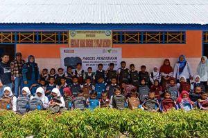 Dorong Semangat Belajar,  Dompet Dhuafa Distribusikan Parcel Pendidikan