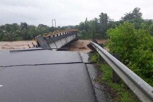 Debit Air Meluap, Jembatan Pa'lingang Gowa Ambruk