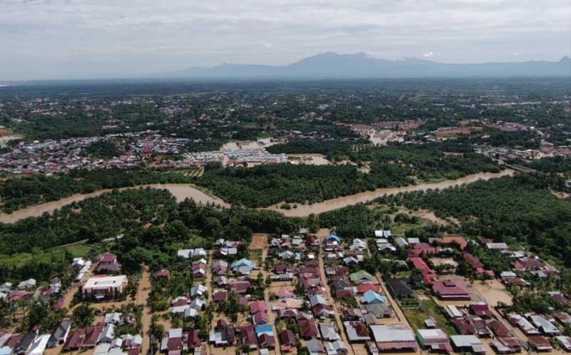 Banjir Dan Longsor Meluas di Bengkulu: 10 Meninggal, 8 Hilang dan 12.000 Mengungsi