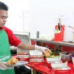 Di Balik Kisah Sukses Ayam Judes Makassar