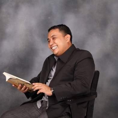 Advokat Asal Jeneponto Dipercaya sebagai Direktur Pasca Sarjana Bidang Hukum AUI Malaysia (1)