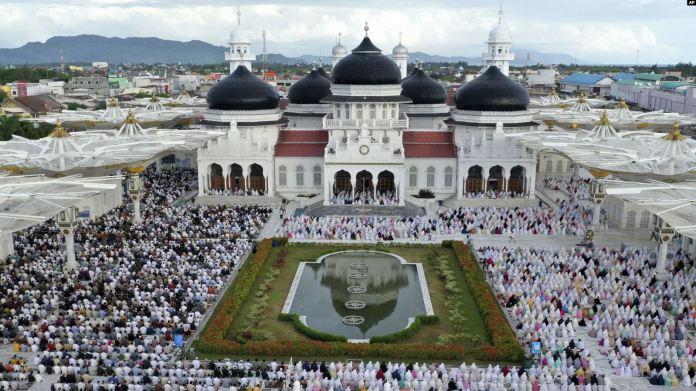 Warga Muslim Rayakan Idul Fitri dalam Situasi Memprihatinkan