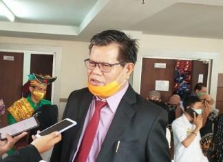 Prof. Husain, Rektor Universitas Negeri Makassar (UNM)