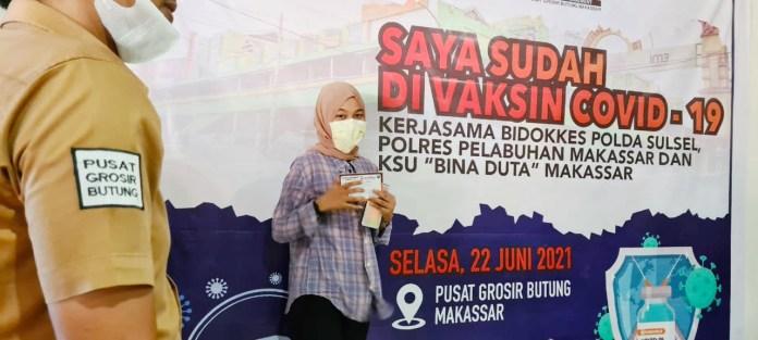 510 Peserta Vaksinasi Massal Covid-19 di Pusat Grosir Pasar Butung Makassar