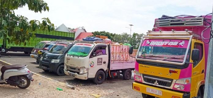 5 Hari Pasca Hari Raya Idul Adha, Ratusan Kendaraan Padati Pelabuhan Pamatata