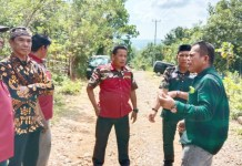 Warga Kampung Garing Tompobulu Keluhkan Buruknya Akses Jalan