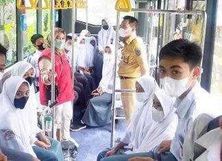 Kebut Vaksinasi, Mobile Vaccinator Sasar 1.150 Pelajar di Maros