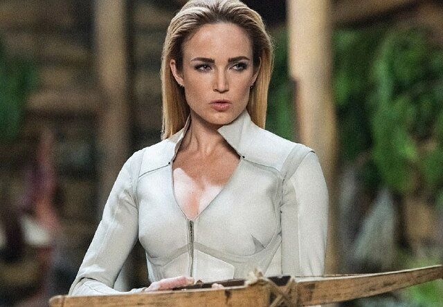 caity lotz from lady