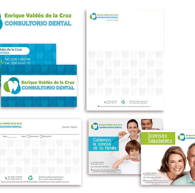 logo y papelería para Dr Enrique Valdes