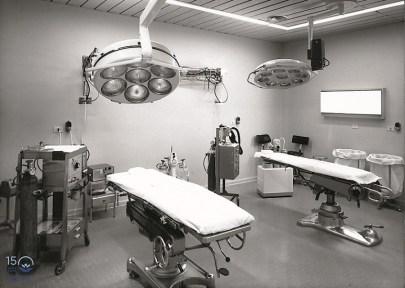 Sala con doppio letto operatorio - Anni 1960-1970