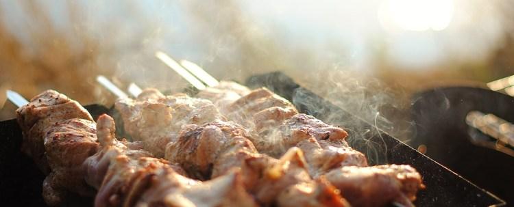 Garlic lamb skewers