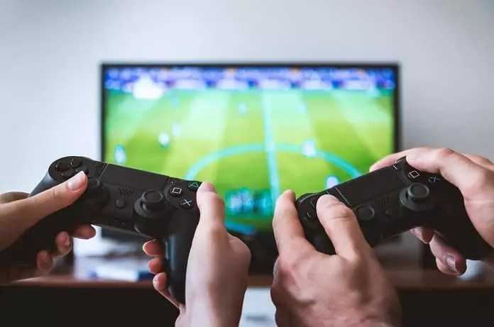 The Negative Impact of Video Games on the Brain and Cognition