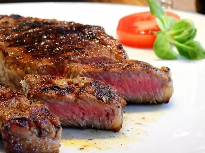 Chemical links eating red meat with the development of heart disease