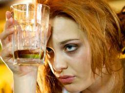 Binge drinking may be encouraged by cycle of stress and reward