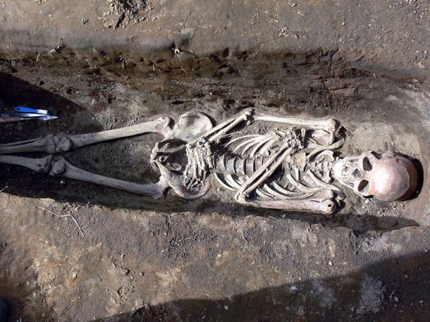 A medieval burial in Iceland - photo by Christian Bickel