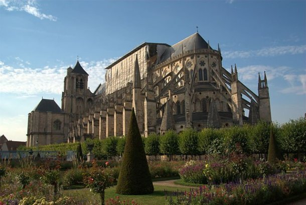 Medieval Gothic Cathedrals Were Built From Iron And Stone