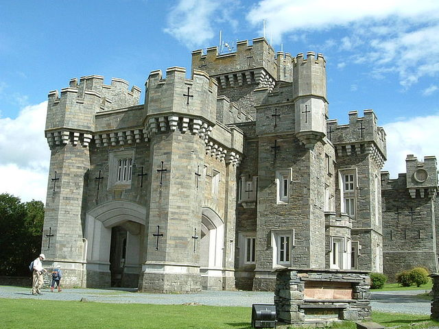 wray castle - photo from Wikimedia Commons