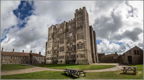Dover Castle = Photo by Smudge 9000 / Flickr