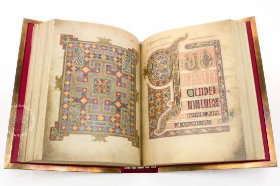 most beautiful medieval manuscripts lindisfarne gospels